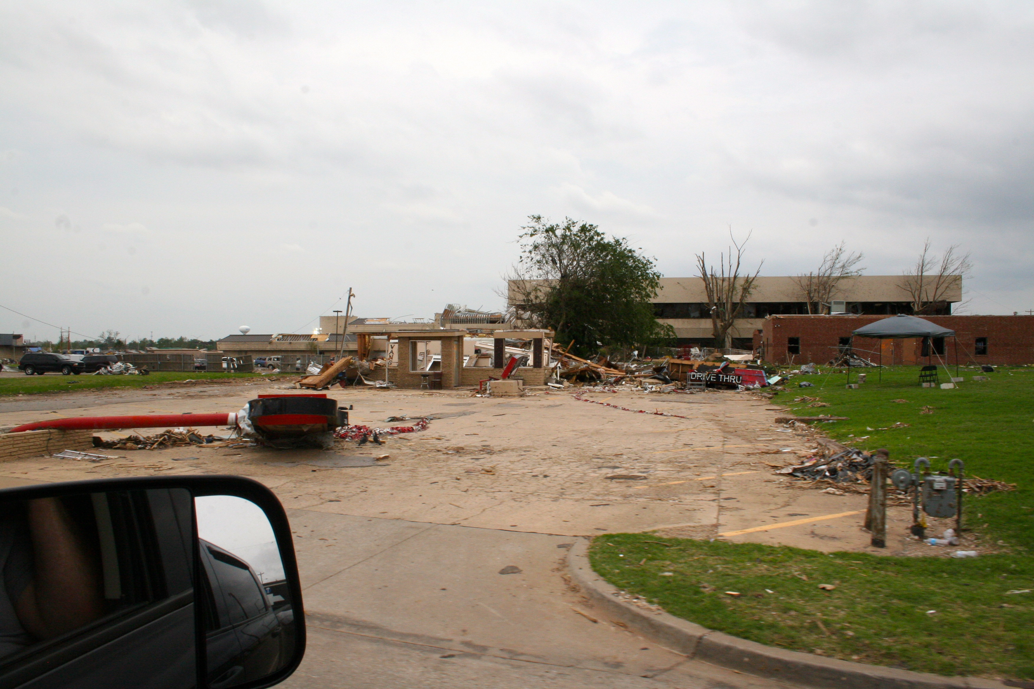 Moore OK. damage